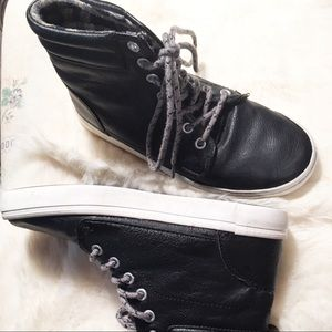 Old Navy.. Boys Black Leather High Top